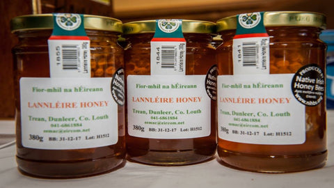 Lannléire honey is produced by honey bees from nectar that they forage from flowers growing in the meadows, hedgerows, woodlands, and mountains of County Louth.
