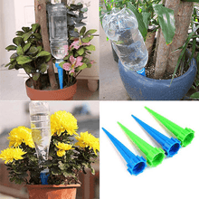 Load image into Gallery viewer, Automatic Plant Watering Spikes (4 Pcs)