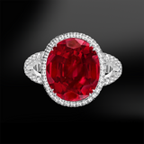 Oval Ruby ring 18k gold