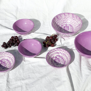 MEDIUM BOWL WITH HAND PAINTED DESIGN | LILAC - POMELO