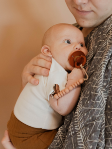 PETITE PACIFIER CLIP | NATE SOLID | SAND DUNES - PRETTY PLEASE TEETHERS