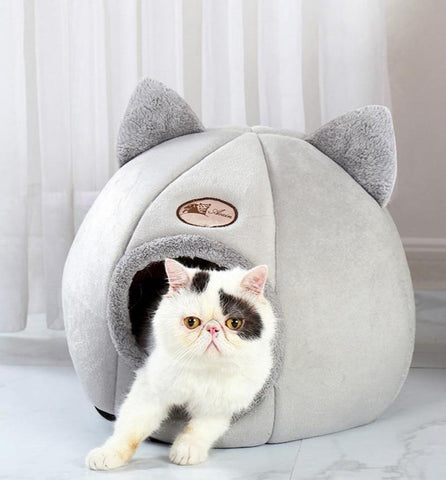 Warm and comfortable cashmere cat tent-shaped bed | Your cat will love it!