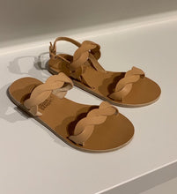 Afbeelding in Gallery-weergave laden, ANCIENT GREEK SANDALS skiriani slipper
