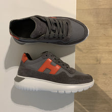 Afbeelding in Gallery-weergave laden, HOGAN grijze sneaker orange