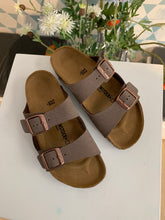 Afbeelding in Gallery-weergave laden, BIRKENSTOCK arizona mokka