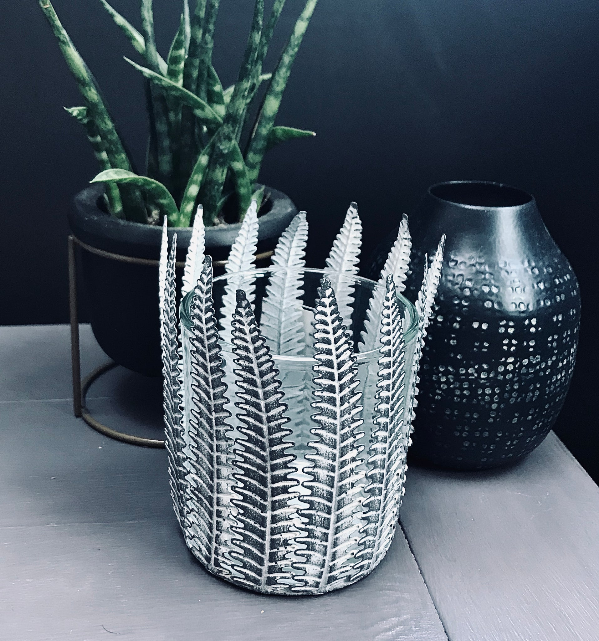 Metal Fern T-light Holder