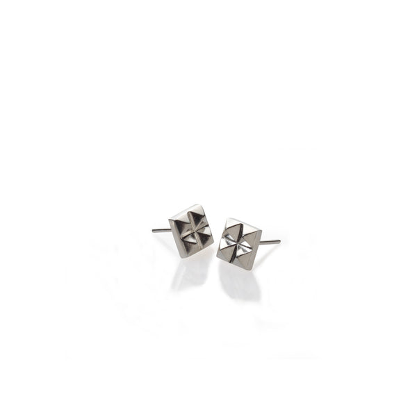 silver 4 studs earrings