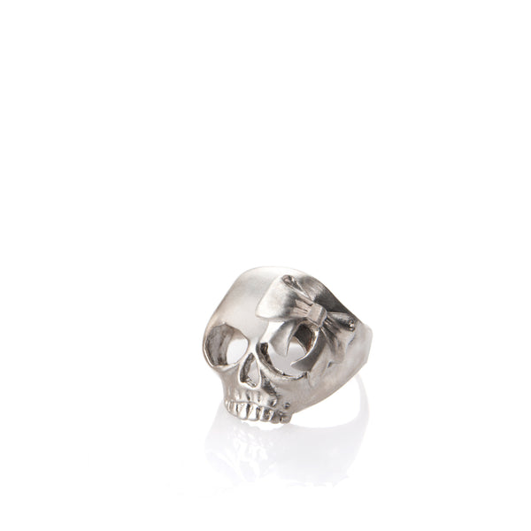 silver skull and bow ring