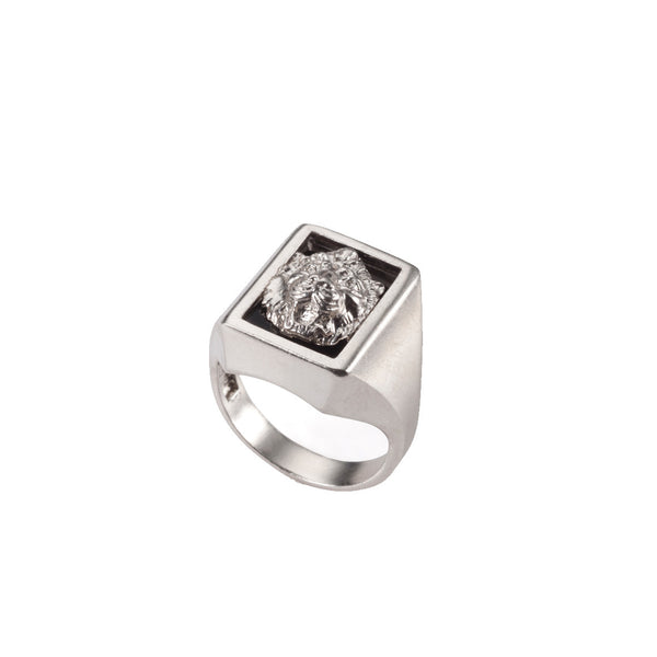 Silver lion signet ring