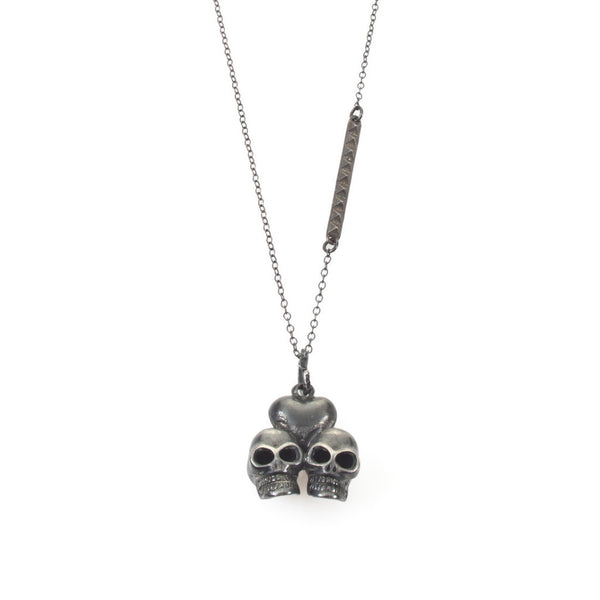 skull lovers necklace