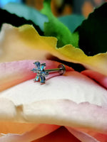 Titanium Internally Threaded Labrets 1.2mm - Steel Claw Set CZ Lily Flower