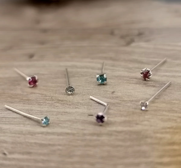 Silver Clawed, Plain Stem Gem Nose Studs x6