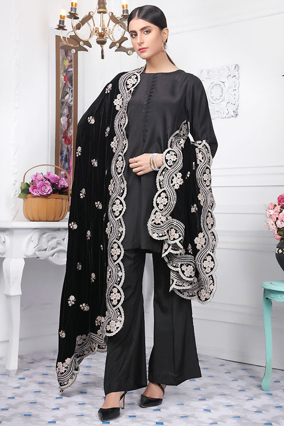 2441-BLACK-BEAUTY EMBROIDERED VELVET SHAWL