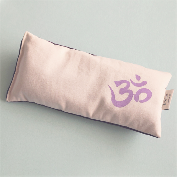 Om Eye Pillow in Lilac