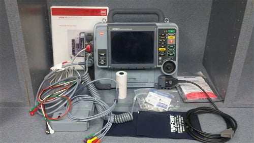 Physio Control LIFEPAK 15 - SPCO, Biphasic, 12 Lead ECG, AED, Pacing, SPO2, NiBP, EtCO2, Bluetooth (Refurbished)