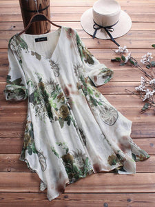 Vintage Print V-neck Irregular Hem Half Sleeve Plus Size Blouse