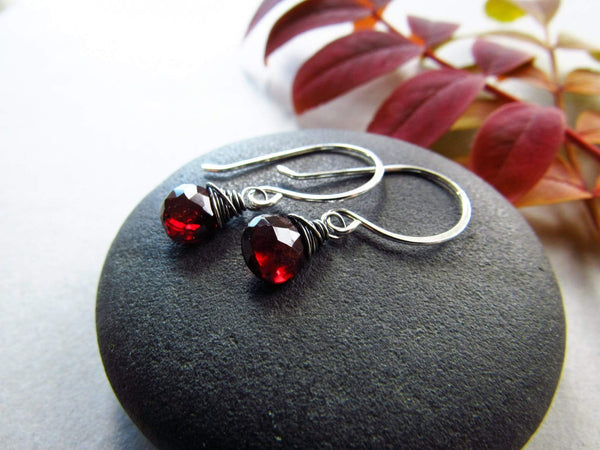 Garnet, January Birthstone! earrings Utopianorthwest