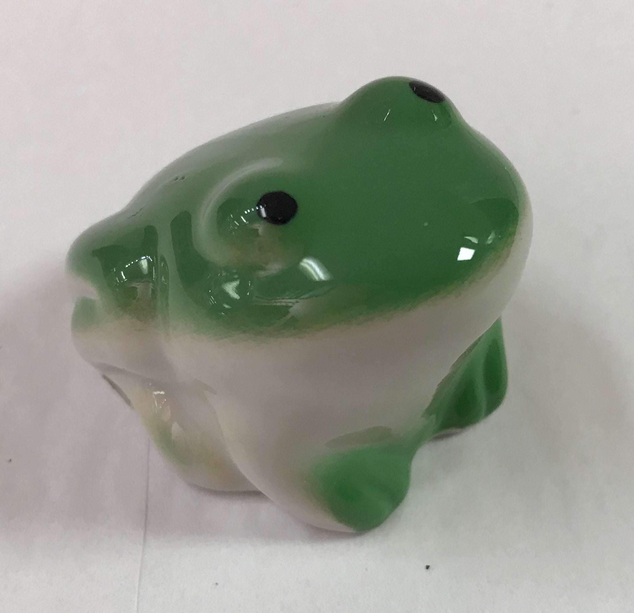 Floating Frog Trinket