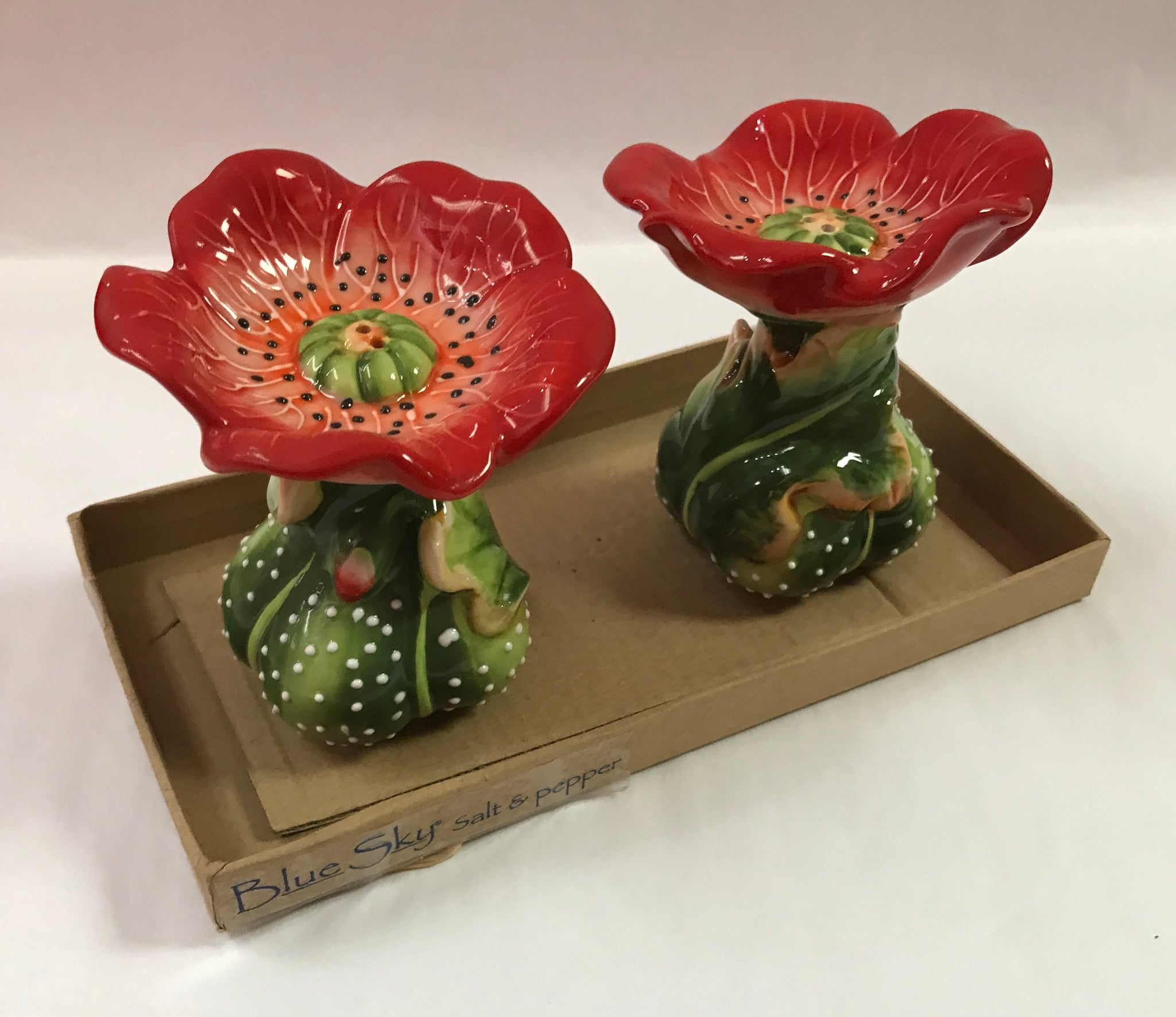Red Poppies Salt & Pepper Shakers