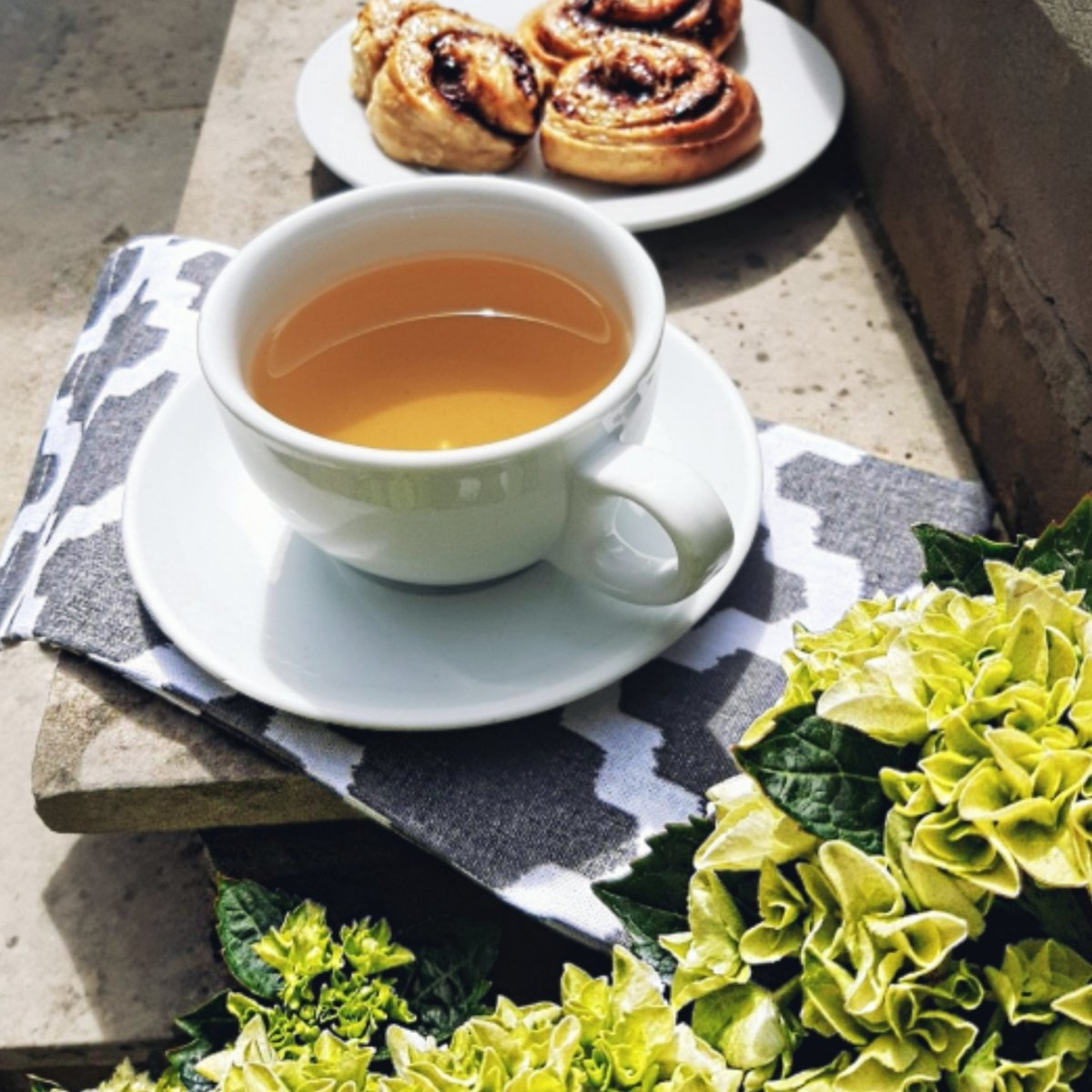 Homemade Vegan Cinnamon Buns | Mystic Brew Teas