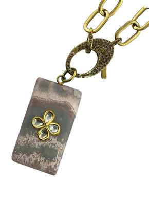 Crazy Lace Agate with Four Diamond Clover set in Gold