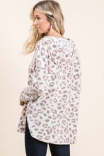 Load image into Gallery viewer, Brushed Leopard Print Hoodie