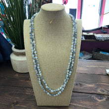 Load image into Gallery viewer, Beaded Necklace