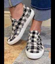 Load image into Gallery viewer, Babalu Checkered Sneaker
