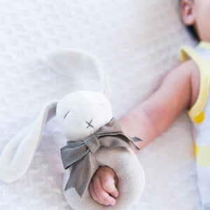 Baby Gift Soft Toy Ring Rattle (Organic) - Ears the Bunny