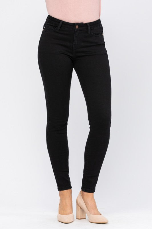 Black Mid Rise Non- Distressed Skinny Jeans