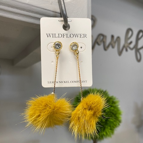 Pom Pom Dangly Earrings
