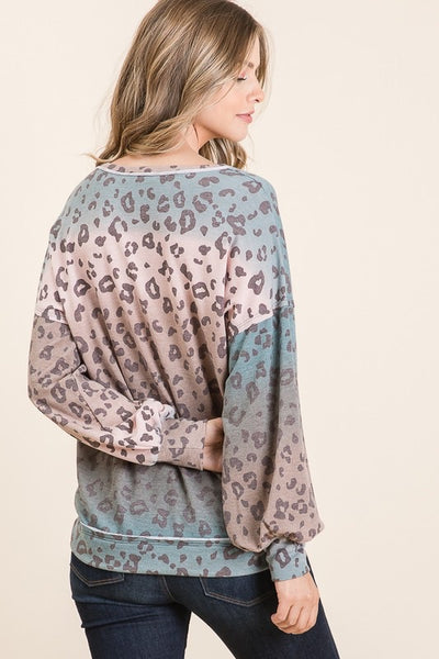 Vicki's ROUND NECK LONG SLEEVE Cheetah top