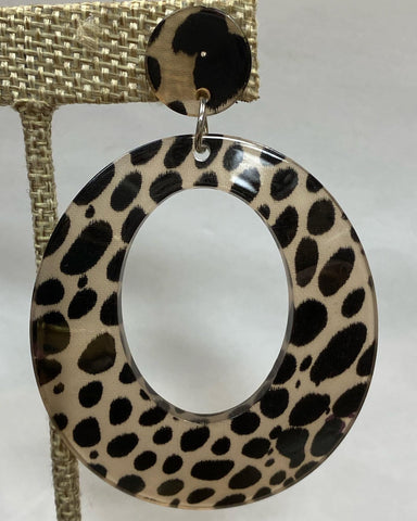 Lightweight Circle Cheetah Earrings