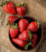 Strawberries (punnet 220g)