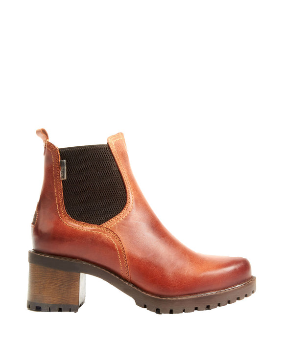 Tan Leather Chelsea Heeled Boot by Bulle