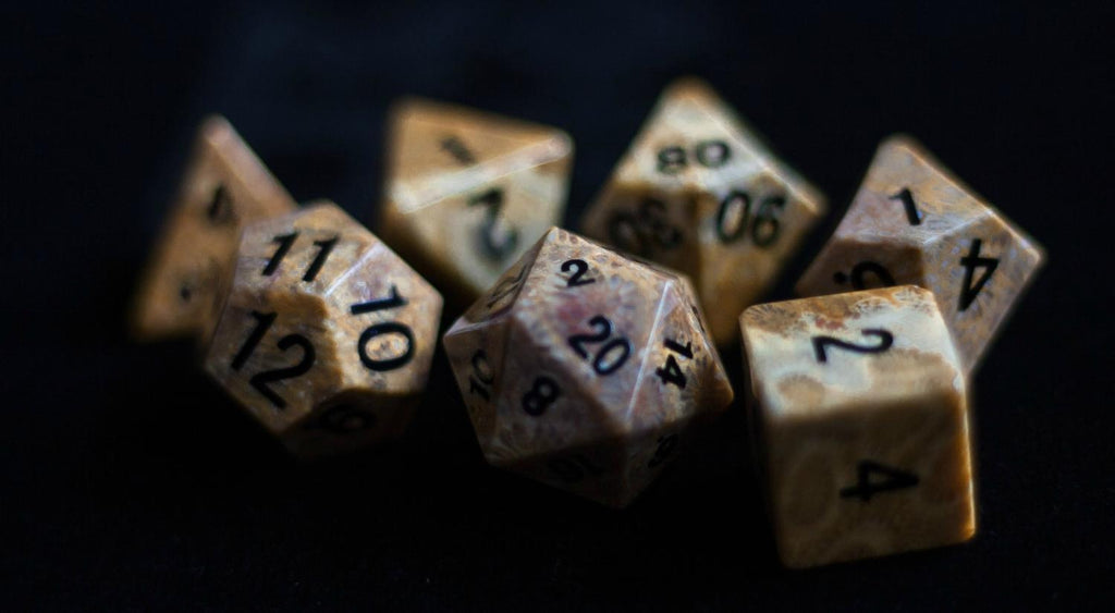 Gemstone Dice Set : Coral Fossil