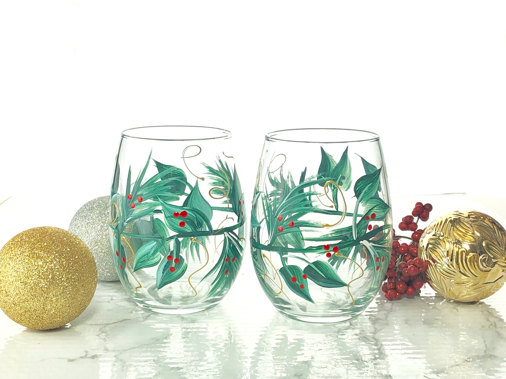Hand Painted Christmas Christmas Wine Glasses, Set of 2  Your Choice Stemmed or Stemless