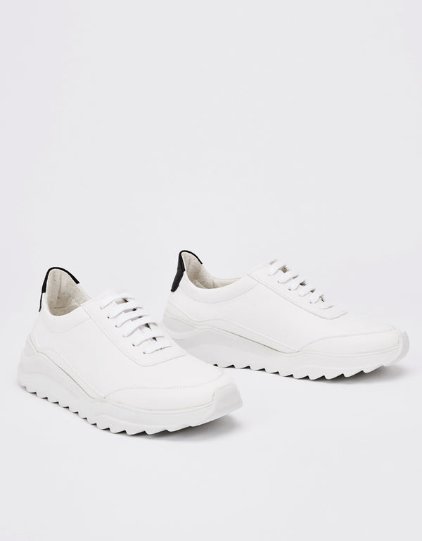 Runner Florida White Micro Sneakers Nine To Five