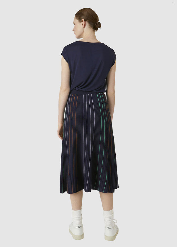 Paana Vertical Stripes Evening Blue von Armed Angels