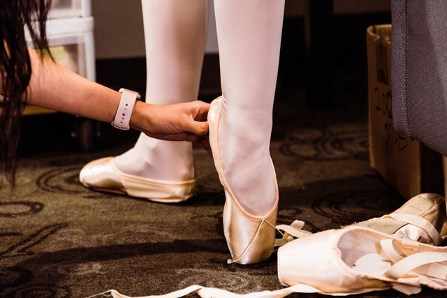 Professional Pointe Shoe Fitting