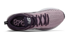 Load image into Gallery viewer, Women's New Balance 870v5 - Pink