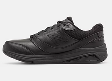 Load image into Gallery viewer, Women's New Balance 928v3 - Black