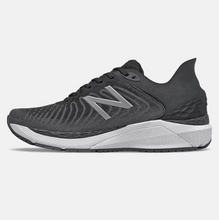 Load image into Gallery viewer, Women's New Balance 860B11