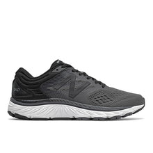 Load image into Gallery viewer, Women's New Balance 940v4 - Black Magnet