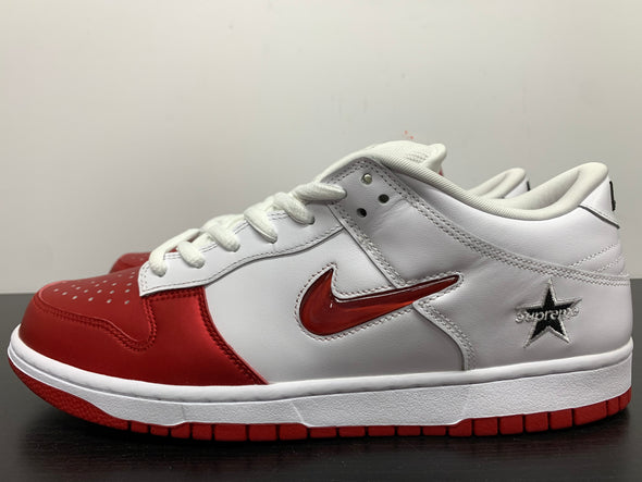 Nike SB Dunk Low Supreme Varsity Red