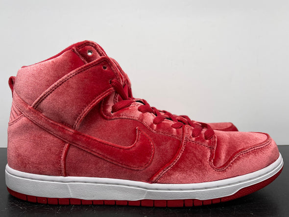 Nike Dunk High SB Red Velvet Size 13