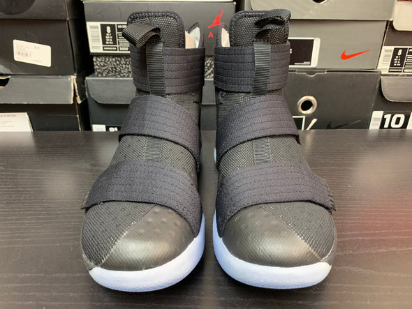 Nike LeBron Soldier 10 Game 3 Size 8.5