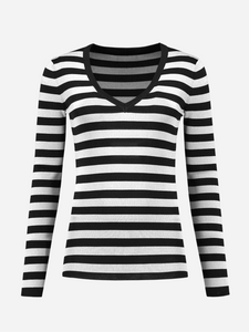 Pullover Leonie striped with v-neck