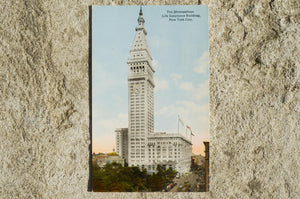Vintage Post Card - The Metropolitan Life Insurance Building