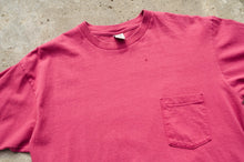 Load image into Gallery viewer, GAP - All Cotton Pocket T shirt
